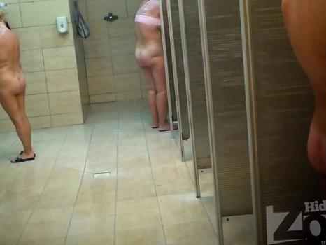 Hidden-Zone.com-Sh1111# Girls and women soaping their bodies and take a shower after the pool. They are in our cam