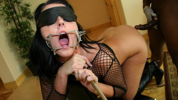 Alterotic.com-Fetish Model Lamia Dark Takes a Great Fucking