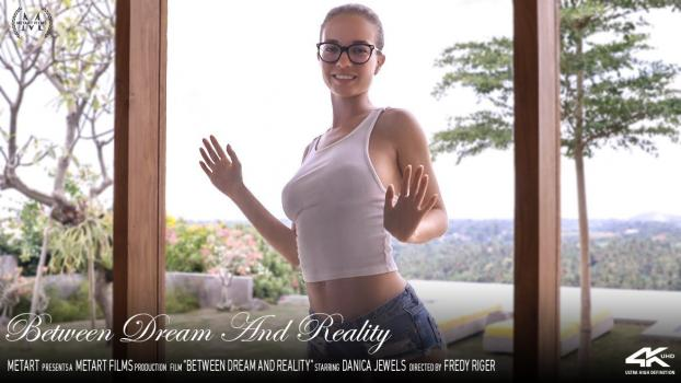 Metartvip.com-Between Dream and Reality