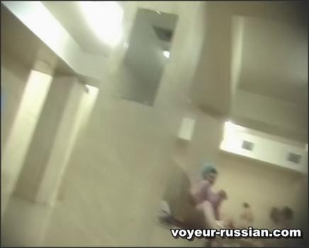 voyeur-russian_SHOWERROOM-voyeur-russian_SHOWERROOM 100809